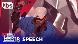 "Pharrell Gives Chance the Rapper ""Innovator of the Year"" Award: 2018 iHeartRadio Music Awards 
