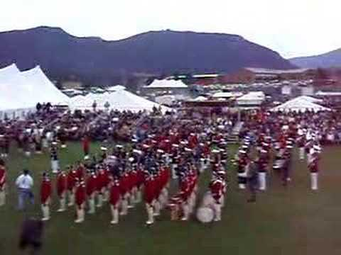 Amazing Grace - Marines and Bagpipes
