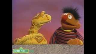 Sesame Street: Ernie Sings - Do What I Do