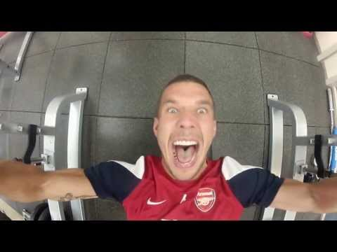 Arsenal Tour 2013 - Outtakes - WARNING contains dancing!!!