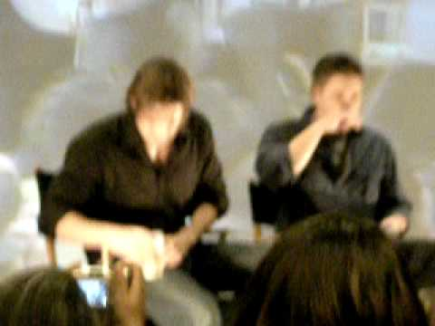 Jared & Jensen in LA 09: Rockin out to Eye of the Tiger