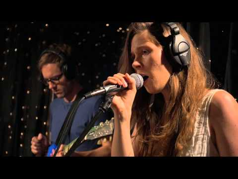 A Sunny Day In Glasgow - Crushin (Live on KEXP)