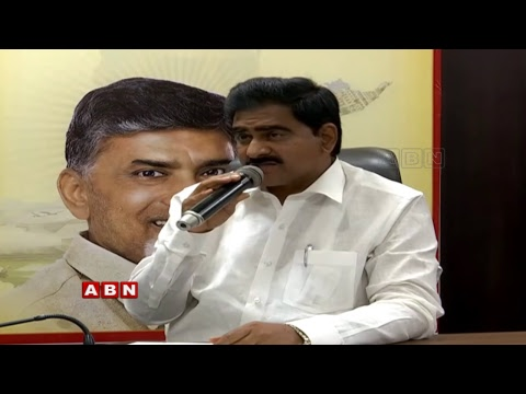 Minister Devineni Uma Press Meet over Jagan KTR Meeting | ABN Telugu