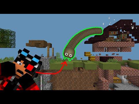 СЛИЗАРИО В МАЙНКРАФТЕ - Я СТАЛ ЧЕРВЯКОМ О_О | Slither.io Minecraft map