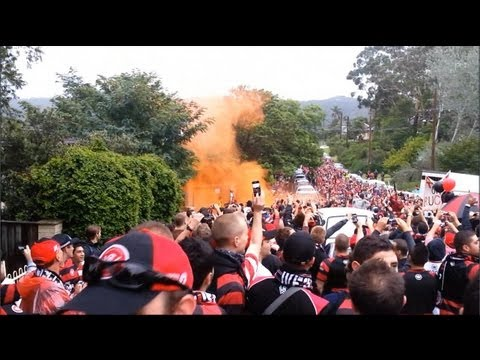 The unforgettable away march from the Settlers Tavern to Bluetongue Stadium. Despite ShittyRail's track-work & that derro truck driver on the F3, THOUSANDS (...