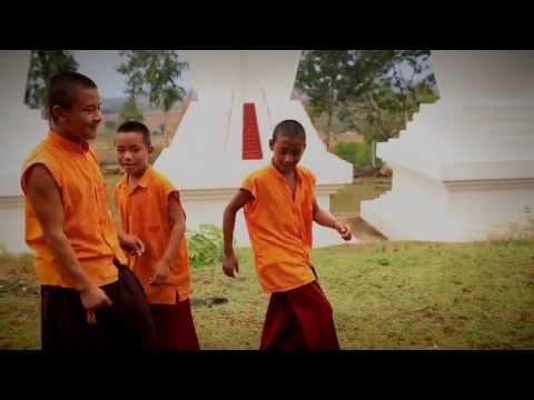 Arumugam Kadhalikkiran - Promo Song video