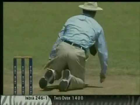 Sachin Tendulkar - Master Blaster Videos- collection of some of sachins greatest shots.flv