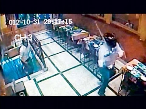 Delhi: Goons vandalise restaurant after owner denies free meals - NewsX