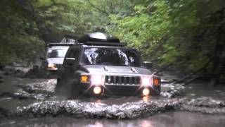 Hummer h3 vs jeep cherokee