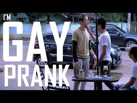 I'M GAY PRANK ON MY BESTFRIEND - INDONESIA