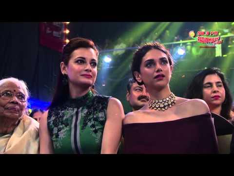 Amit Mishra & Aman Trikha At The Royal Stag Mirchi Music Awards