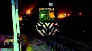 video La Alco 8248 remolcando a la 9026 en Rosario, realizando maniobra de inversión para despues partir hacía Córdoba. Segunda parte. Sábado 30-01-2011.