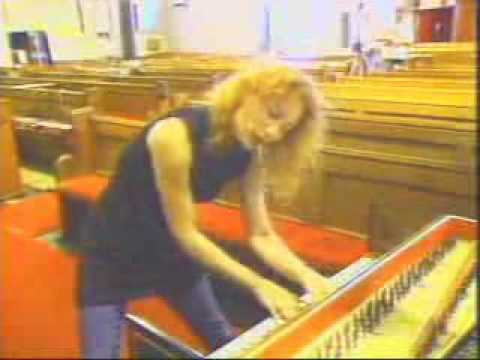 Tori Amos - The Making of 'Boys for Pele'