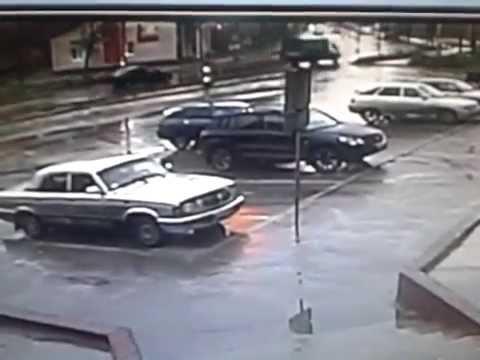 Авария с участием 4 машин у Дегтярёвского парка