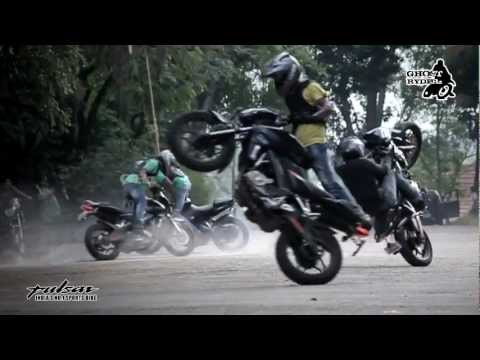 Ghost Ryderz Show at CET & VIT with the Pulsar 200NS