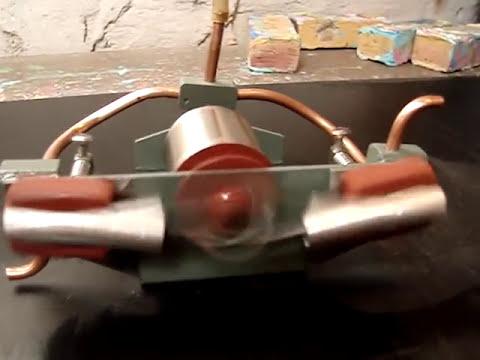 MOTOR A VAPOR DE 2 CILINDROS DE DITRIBUCION OSCILANTE