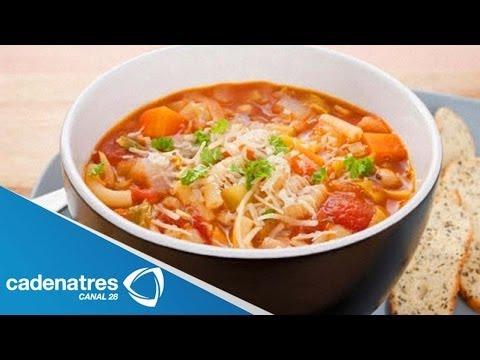Receta de Sopa de Fideos con Pollo / Cómo preparar Sopa de Fideos con ...