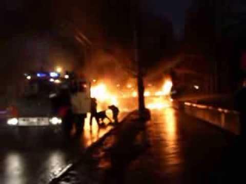 Омск горит автобус
