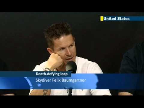 Record-breaking skydive by Felix Baumgartner