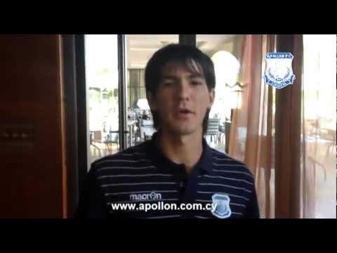 Το μήν�μα �οδο��αι�ι���ν και �ε�νική� ομάδα� �ο� ���λλ�να για �η νέα �ε�ίοδο 2012-13. Apollon footballers and technical team...