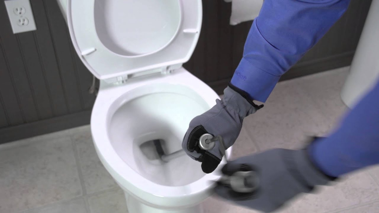 how to use a cobra toilet auger youtube. Black Bedroom Furniture Sets. Home Design Ideas