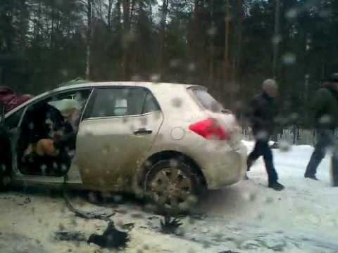 Авария на трассе Брянск Москва (23.03.2013) 9:47 утра