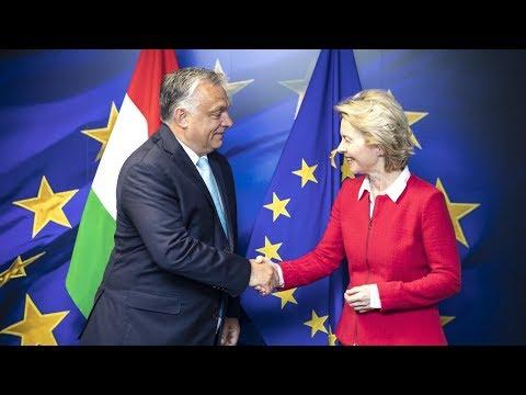 Orbán Viktor gyomrost kapott, von der Leyent megsorozták