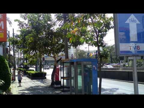 HD Shot, Huai Khwang Exit 2 MRT