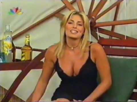 Κατερίνα Λάσπα. Βυζιά τούμπανο (Sexy & Busty) !!!!