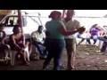 Merengue típico en rancho de tabaco en R. Dominicana
