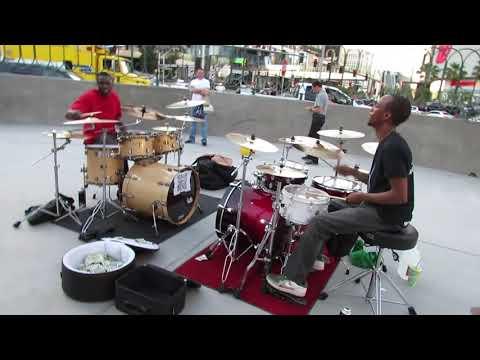 Duelo de bateristas en el Strip de Las Vegas