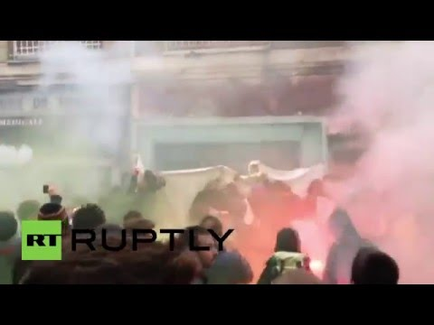 France: Protesters besiege office of Hollande's Socialist Party in Rouen