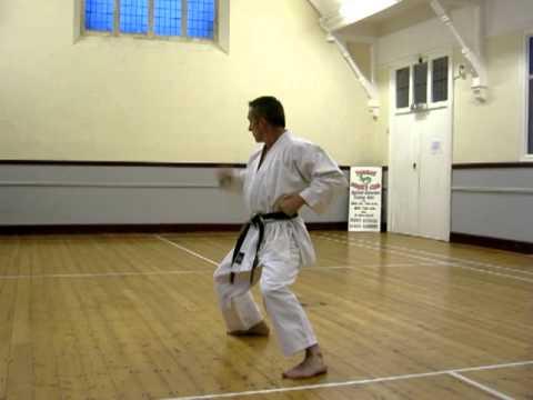 Heian Sandan - Slow (shotokan Karate Kata) video