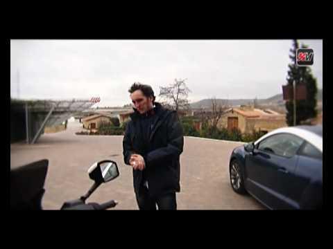 Sabrina est partie en Espagne pour la présentation officielle du coupé Peugeot RCZ et du scooter 125 Satelis Whitesat Compressor. Sur place, elle a eu le pla...