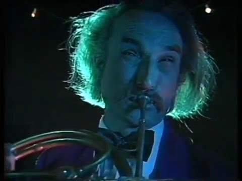 Holger Czukay - Cool In The Pool