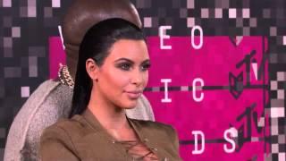 Kim Kardashian y Kanye West MTV VMAs 2015