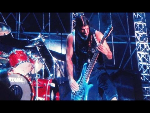 (Full song) Metallica live in Jakarta 2013, Master of Puppets (festival view)