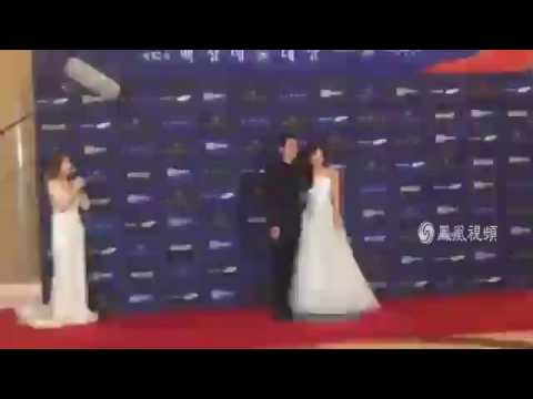 160603 송중기 송혜교 송송커플 Song Joong Ki Song Hye Kyo Song Song Couple red carpet 宋仲基 宋慧乔 凤凰网[bad quality]