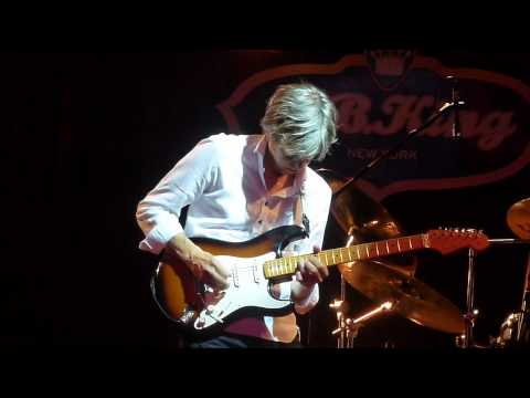 Ah Via Musicom / Cliffs of Dover - Eric Johnson. BB King Bar&Grill. NY. Sep. 24, 2012.