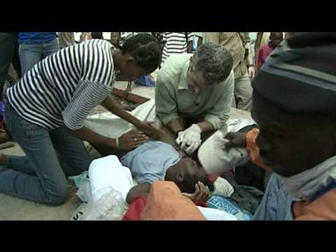 Dr. Besser Assists in Haitian Baby's Birth - YouTube