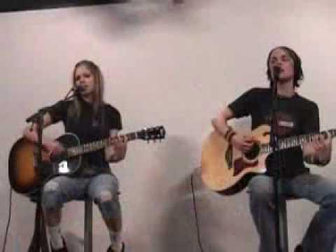 Avril Lavigne My Happy Ending Acoustic video