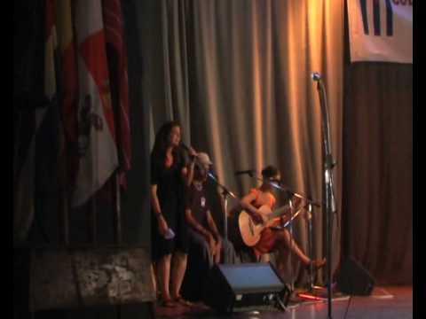 Bolero de Algodre: Daylin, Sorah y Javier Colonia Zamorana de Cuba.wmv