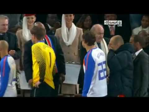 Robben refused to shake hands with blatter - world cup final 2010
