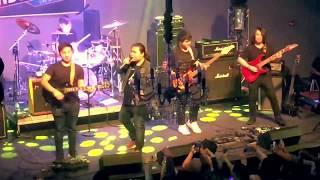 Nrees Xyooj (Hands Band) - Kuv Yuav Handsome (Live)