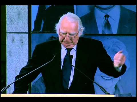 Richard Meier Honored at 2012 Ellis Island Family Heritage Awards