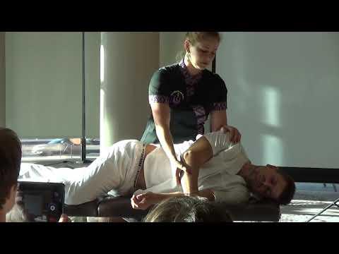"""Наталья Раготнер """"Тайский массаж на массажном столе"""". Мастер-класс на Конгрессе """"Круг жизни"""""""