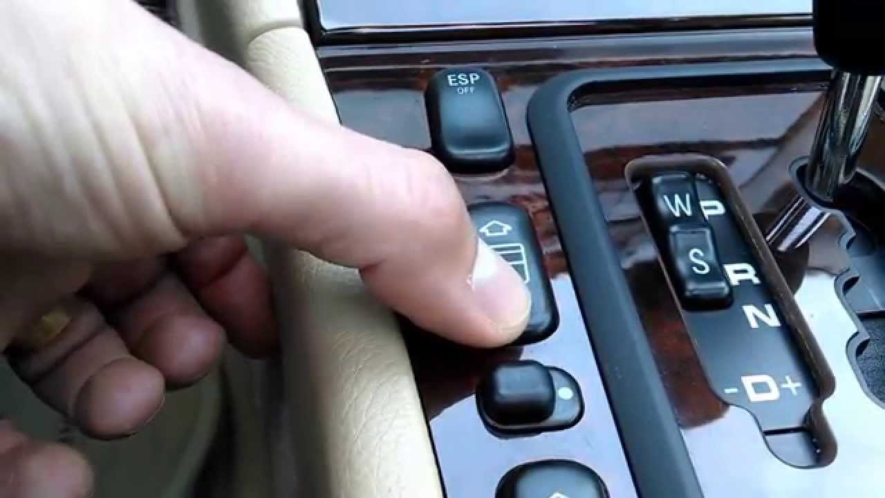 2000 mercedes benz e320 - center console