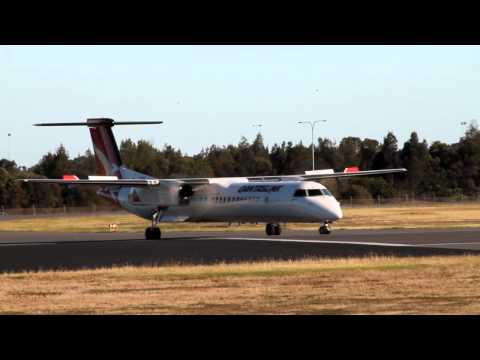 Qantaslink Dash 8-Q400 Take-off Adelaide Airport