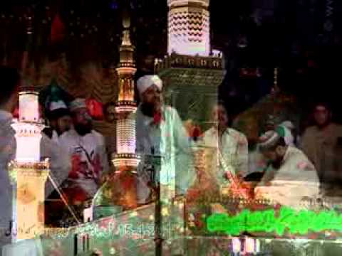 Thandi Thandi Hawa Madinay Ki- Awesom Kalam At The Spot By Alhaj Owais Raza Qadri video