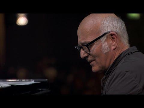 Ludovico Einaudi – Fly (Live at iTunes Festival 2013)